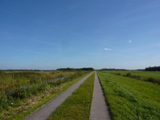 Dwarsdijk tussen Tienhoven en Hollandsche Rading