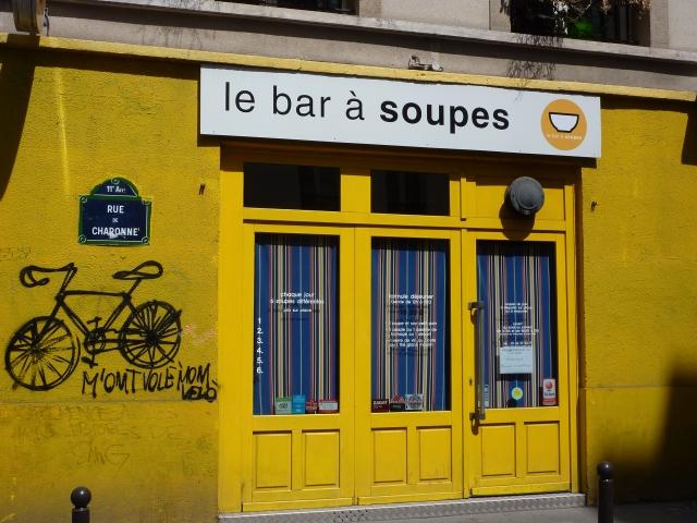 Paris Rue de Charonne vélo